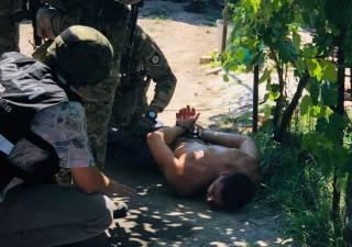 На Херсонщине наркоман устроил стрельбу по людям из охотничьего ствола