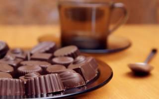 Ученые заявили, что орехи, чай и шоколад могут вызвать рак