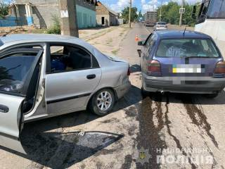 Две малолитражки не разминулись на дороге в Николаеве: пострадали дети
