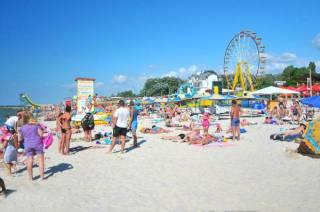 На популярном украинском курорте у туристов обнаружен коронавирус