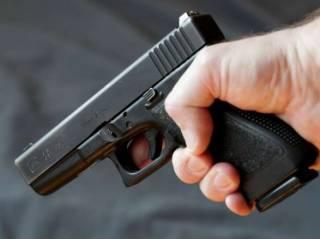 В Запорожье врач из роддома устроил стрельбу, ранив человека