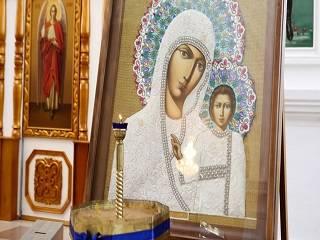 В УПЦ рассказали, с чем связано почитание большого количества разных икон Богородицы