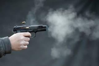 Под Киевом спор двух водителей перерос в стрельбу. Ранена девушка