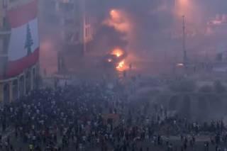 После взрыва селитры в Бейруте началась революция