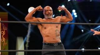 Майк Тайсон решил перенести свое возвращение в ринг