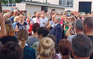 Оставшись без лидера, белорусские рабочие массово начинают бастовать
