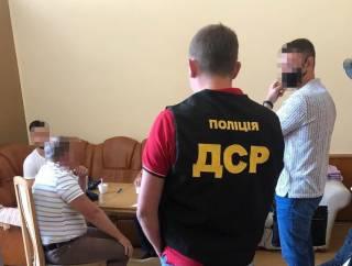 В Днепре за «волосатую лапу» схватили ректора одного из местных вузов