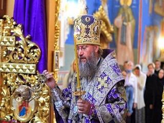 Управделами УПЦ:  Церковь не зовет на баррикады, а призывает к миру