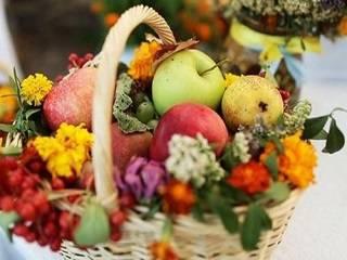 В УПЦ рассказали, для чего на самом деле нужно освящать фрукты