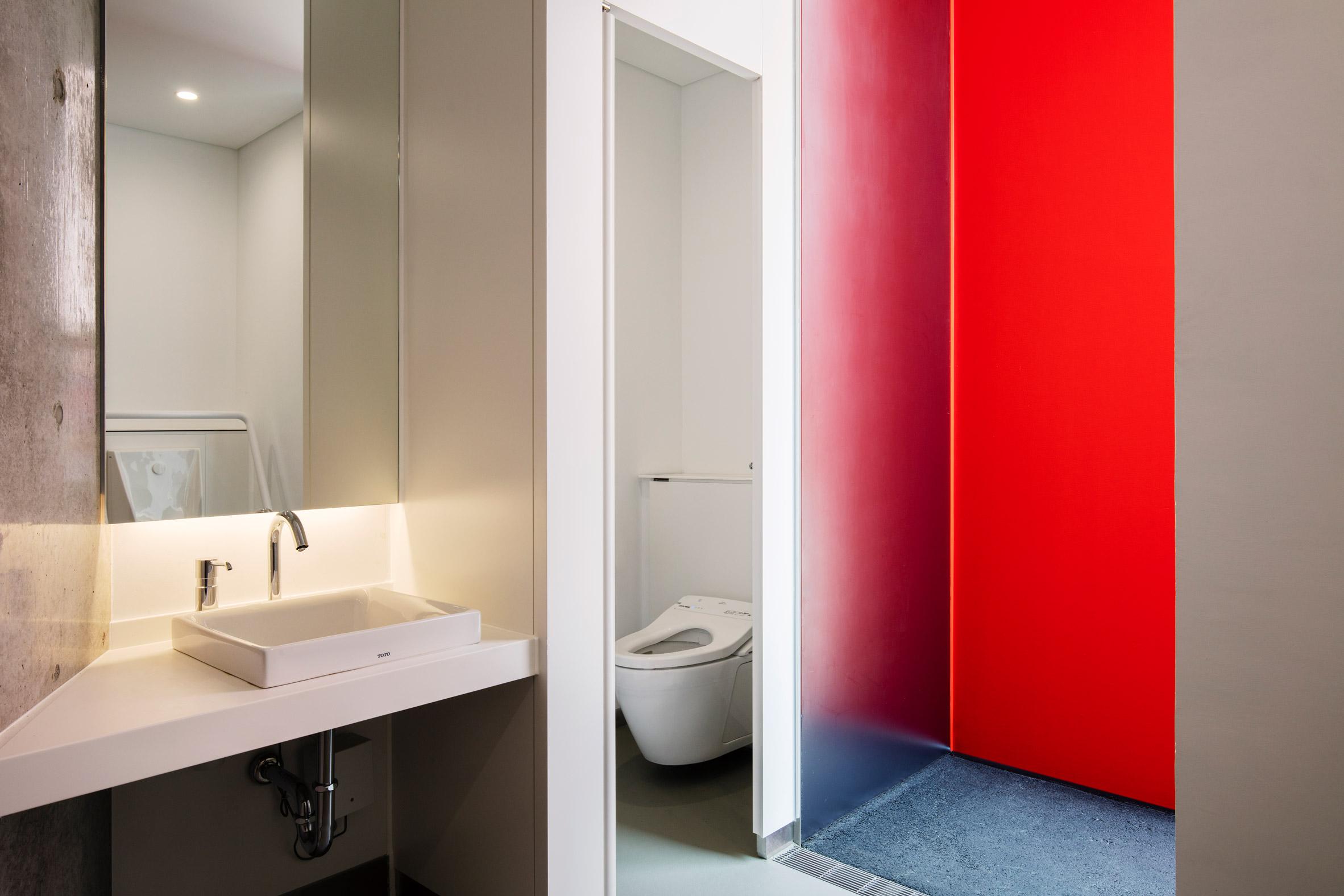 """""""Бумажный"""" общественный туалет в Токио"""