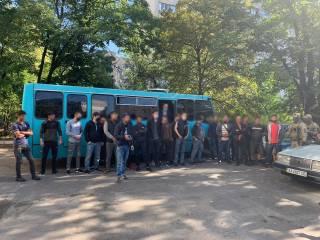 Стало известно, сколько нелегальных мигрантов работают на рынках Киева