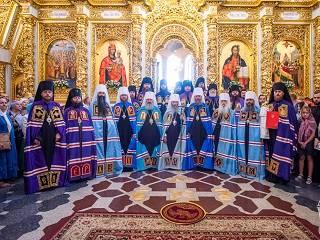 В Киево-Печерской лавре сегодня опраздновали день памяти преподобного Феодосия Печерского