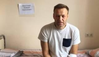 Немецкие врачи утверждают, что Навальный пошел на поправку
