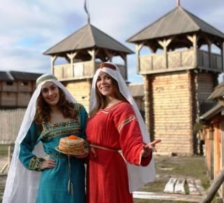 На Киевщину завезут «антикризисные блинчики» и можно будет увидеть «козлодрание»