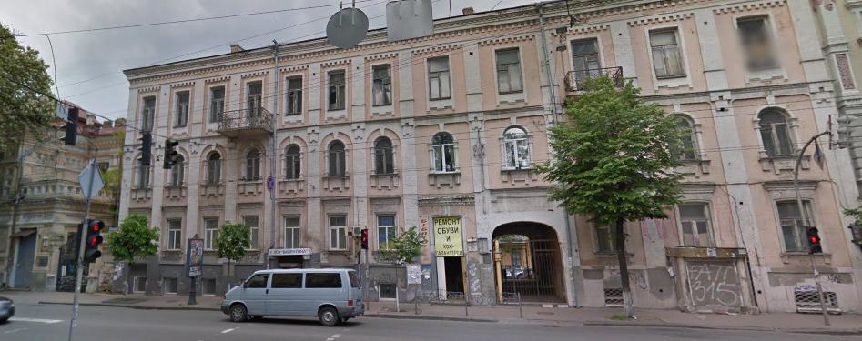 Старинный трехэтажный особняк в центре Киева - по адресу Большая Житомирская, 26, принадлежащий Олегу Диденко