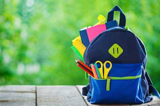Стало известно, что должно быть в школьных рюкзаках в период пандемии коронавируса