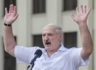 Лукашенко признался, что надоел своему народу