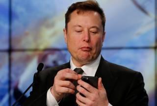 Илон Маск забыл, как зовут его собственного сына: появилось забавное видео