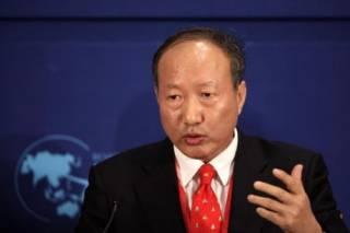 Миллиардеру из Китая запретили тратить деньги на роскошь из-за долга в 50 тыс. долларов