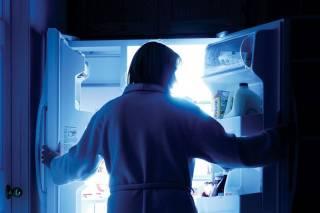Как перестать есть по ночам? Появился гениально простой совет диетолога
