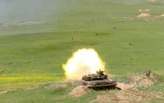Третий день ожесточенных боев в Нагорном Карабахе: что сейчас известно