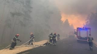 В масштабных пожарах на Луганщине продолжают гибнуть люди