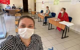 Украинцы без масок смогут проголосовать на местных выборах. Но за это придется заплатить