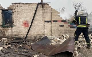 Сотни домов сгорели в пожарах на Луганщине