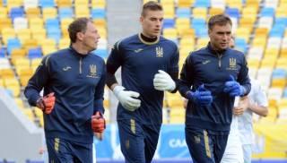 Повторные тесты вратарей сборной Украины, у которых ранее обнаружили коронавирус, оказались отрицательными
