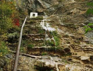 Крупнейший водопад Крыма остался без воды
