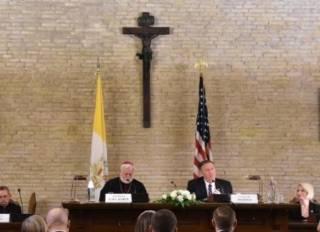 Ватикан и США: момент кипения