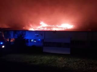 На Закарпатье эпично горела лыжная фабрика