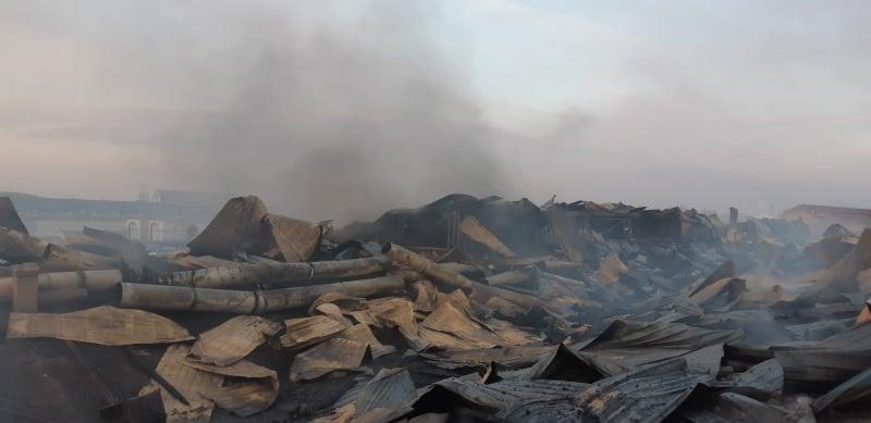 Пожар на лыжной фабрике Тиса в Мукачево