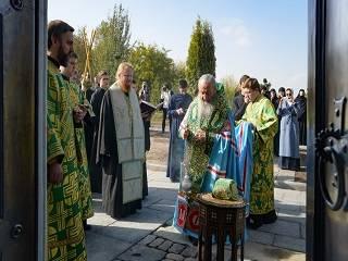 Предстоятель УПЦ освятил новый храм в честь преподобного Онуфрия Великого