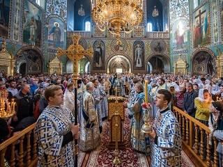 В столичном Покровском монастыре УПЦ отметили престольный праздник