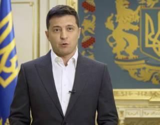 Зеленский начал задавать украинцам свои вопросы