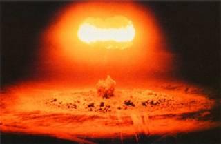 Известная газета написала, что Германия готовится к ядерной войне
