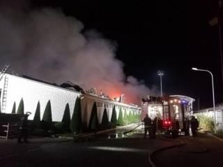 Появилось видео пожара на заводе под Одессой