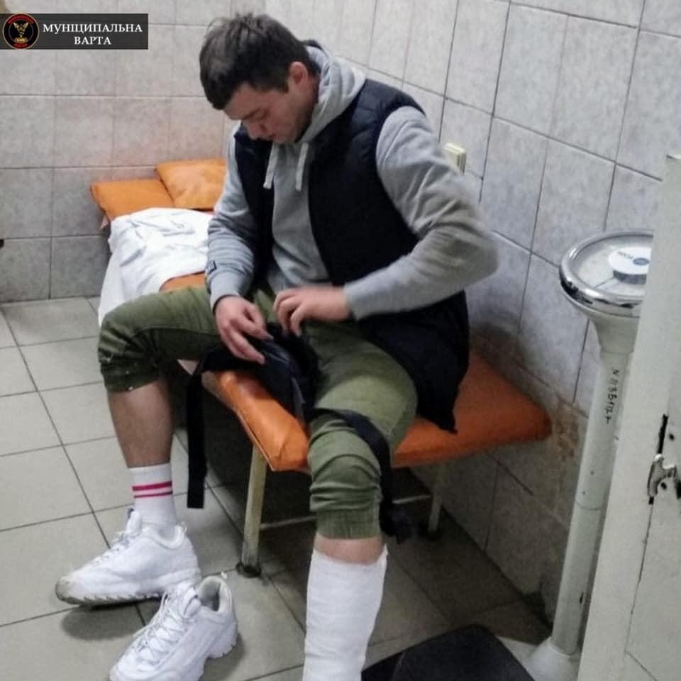 в Киеве пациент избил врача