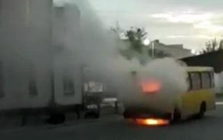 В Киеве внезапно вспыхнула маршрутка