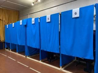 Явка на местных выборах остается очень низкой