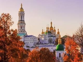 В Киево-Печерской лавре более 100 участников собрались на конференцию, посвященную историческому пути Православия в Украине