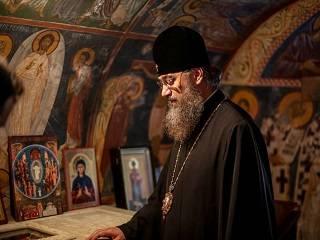 Митрополит Антоний рассказал, нужно ли настойчиво просить у Бога исполнения желаемого