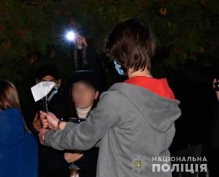 «Убивал зверски, без шанса на спасение»: в Миргороде парень зарубил топором несовершеннолетнюю