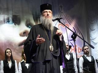 Митрополит УПЦ рассказал, в чем духовная опасность употреблять мат