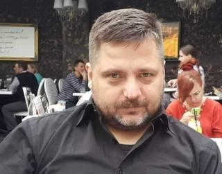 Ожегов: Местные элиты во главе с Медведчуком должны вместе потребовать от Зеленского закупить вакцину от коронавируса в РФ
