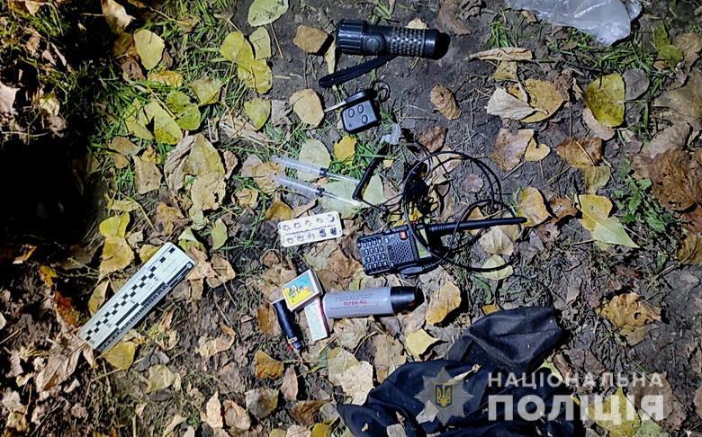 Оружие, изъятое у злоумышленников на Subaru, устроивших стрельбу в Киеве