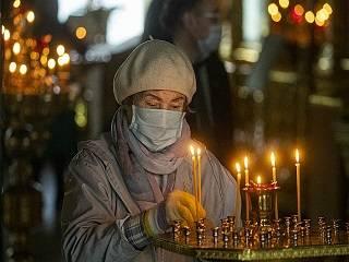 В Церкви напомнили прихожанам-«антимасочникам» об угрозе закрытия храмов