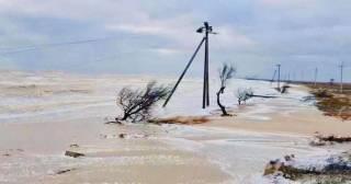 Непогода уничтожила дорогу к резиденции Зеленского на Азове