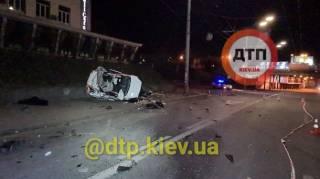 Жуткое ДТП на киевской Шулявке унесло две жизни